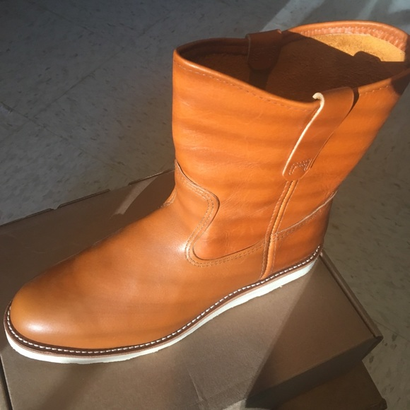 Red Wing 866 Traction Tred Pull